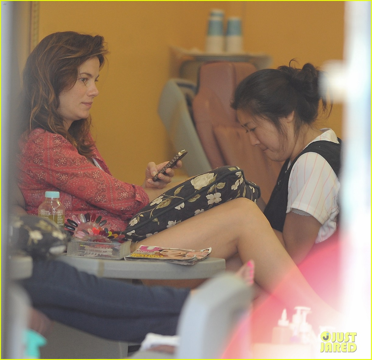 michelle monaghan visits the nail salon with willow 072896892