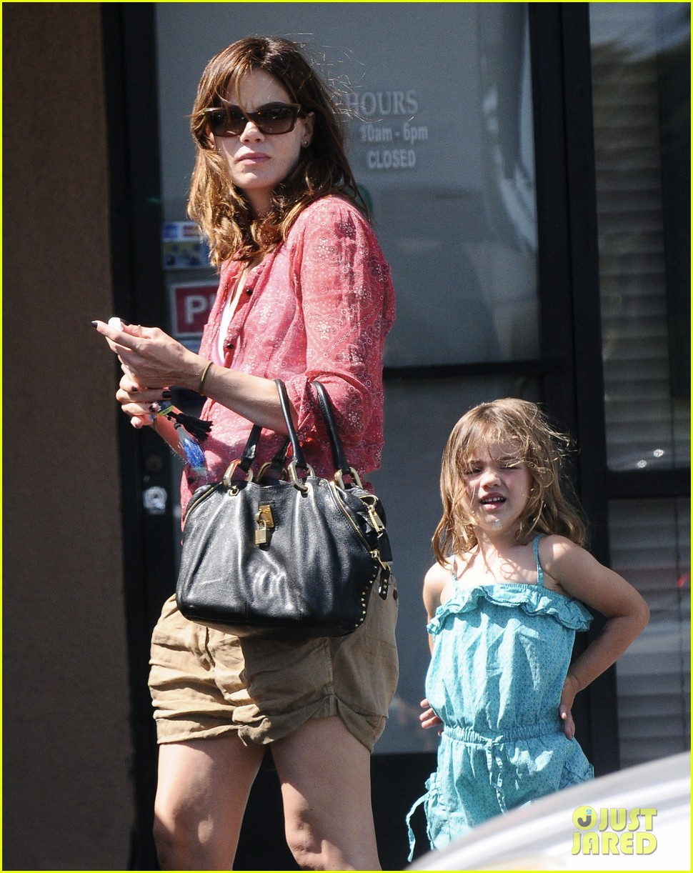 michelle monaghan visits the nail salon with willow 112896896