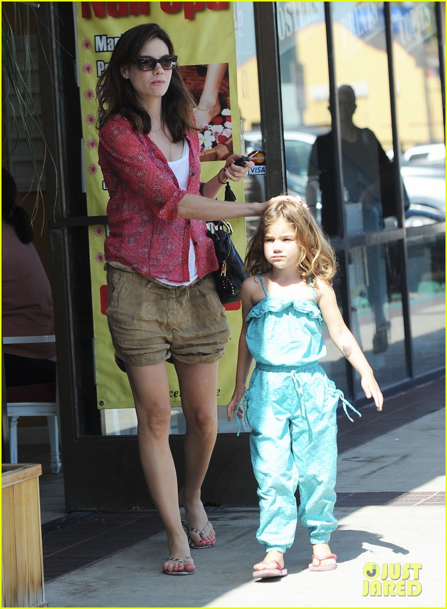 michelle monaghan visits the nail salon with willow 232896908