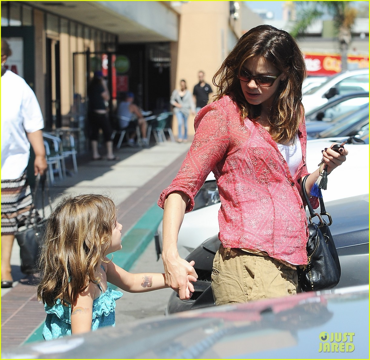 michelle monaghan visits the nail salon with willow 252896910