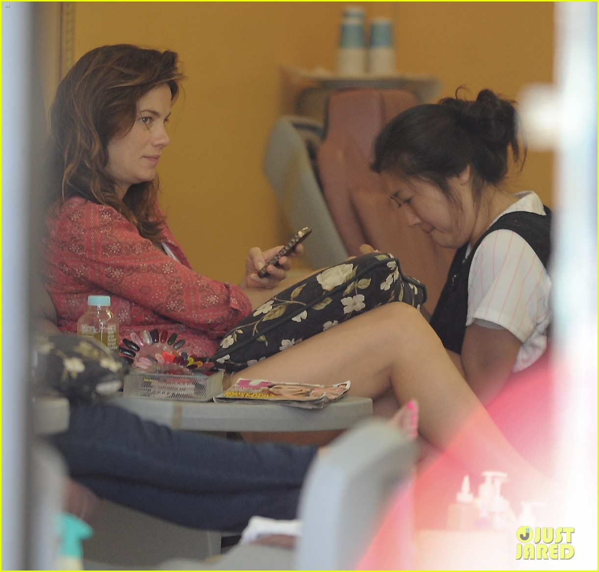 michelle monaghan visits the nail salon with willow 302896915