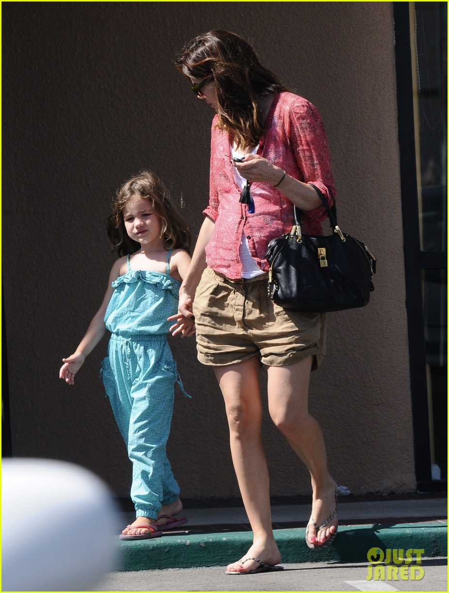 michelle monaghan visits the nail salon with willow 342896919