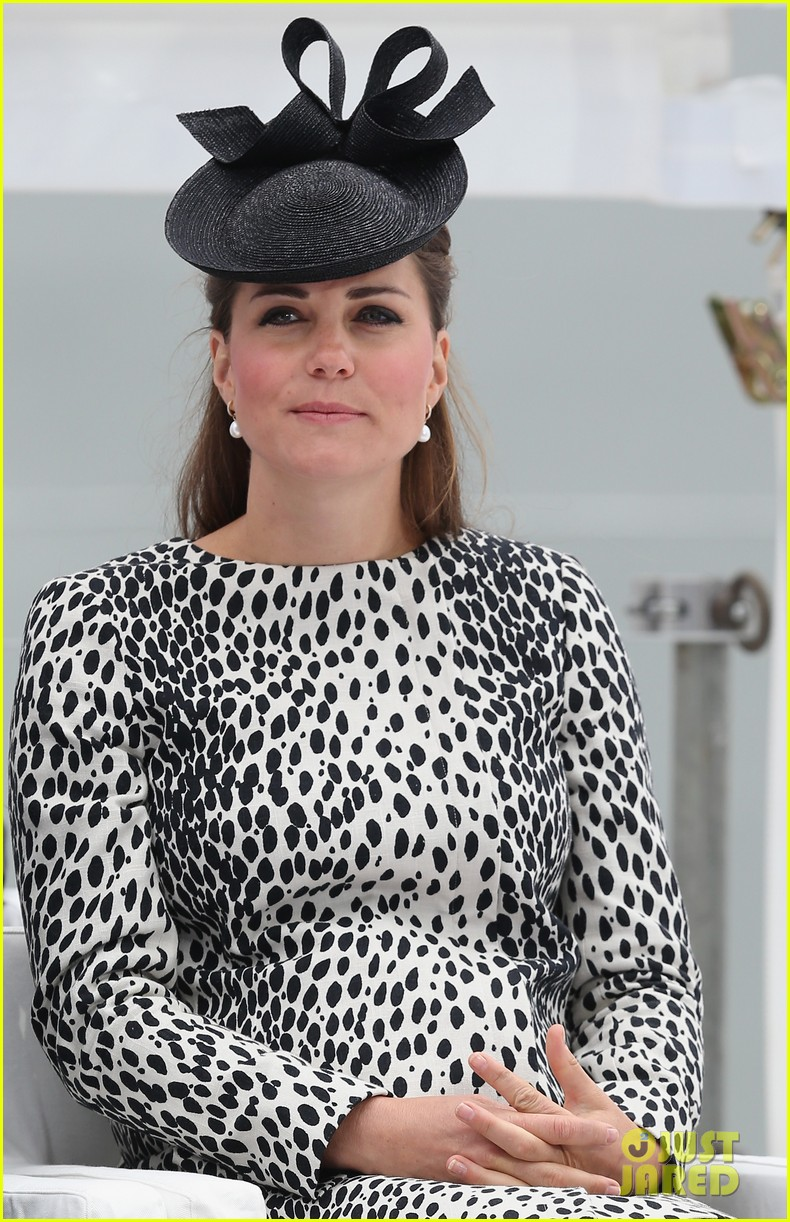 pregnant kate middleton baby bump at first ship christening 072890463