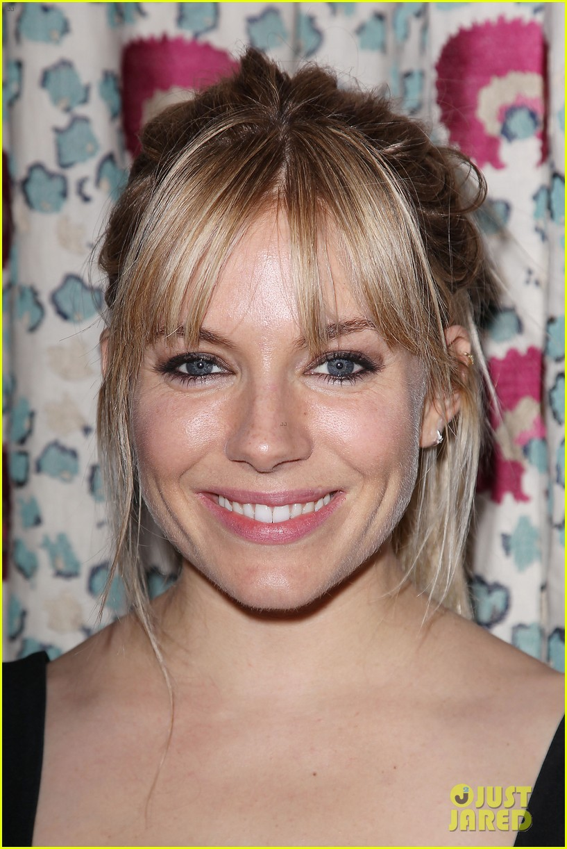 sienna miller just like a woman special screening 042885477