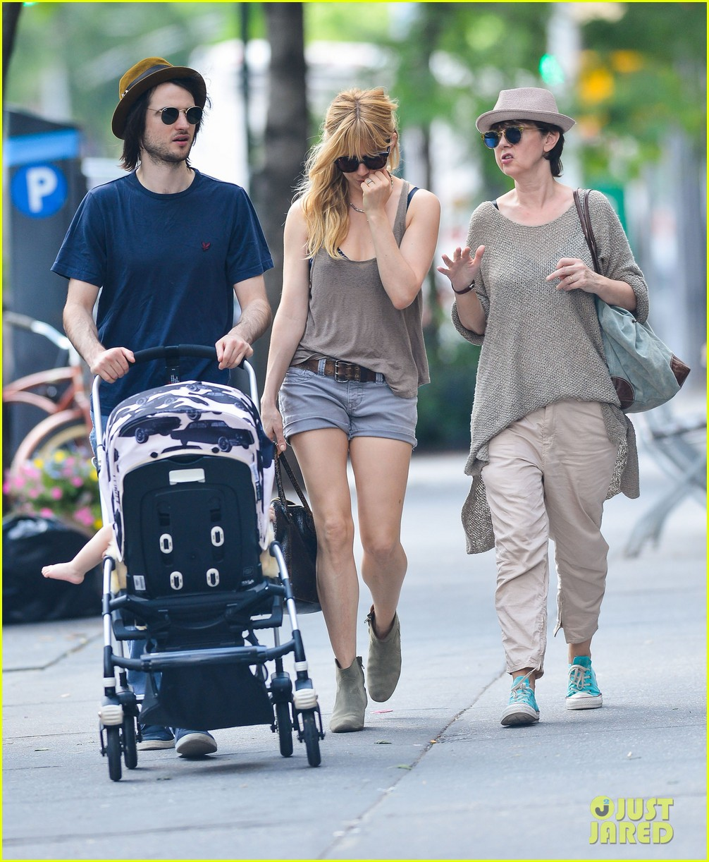 sienna miller tom sturridge step out after tony awards 032890580