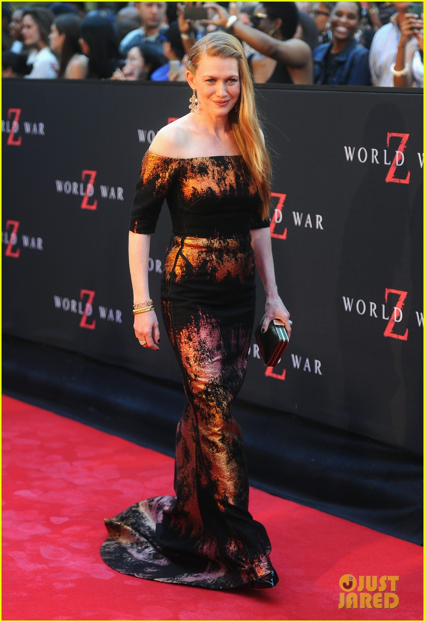 mireille enos james badge dale world war z premiere 072893219