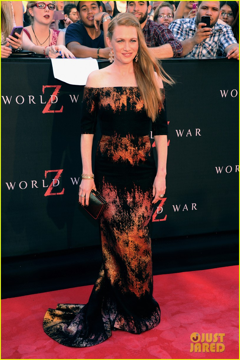 mireille enos james badge dale world war z premiere 082893220
