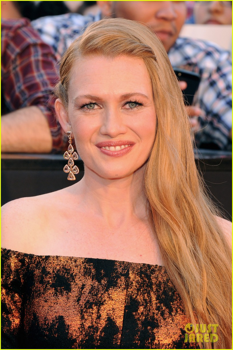 mireille enos james badge dale world war z premiere 092893221
