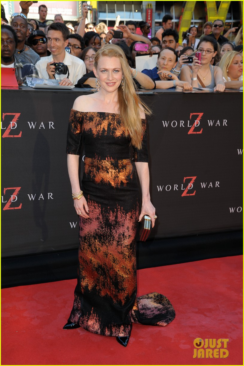 mireille enos james badge dale world war z premiere 13
