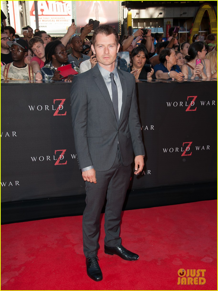 mireille enos james badge dale world war z premiere 21