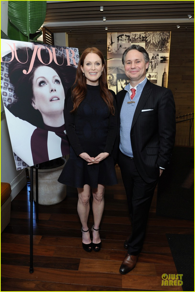 julianne moore dujour magazine summer issue cover party 032888644