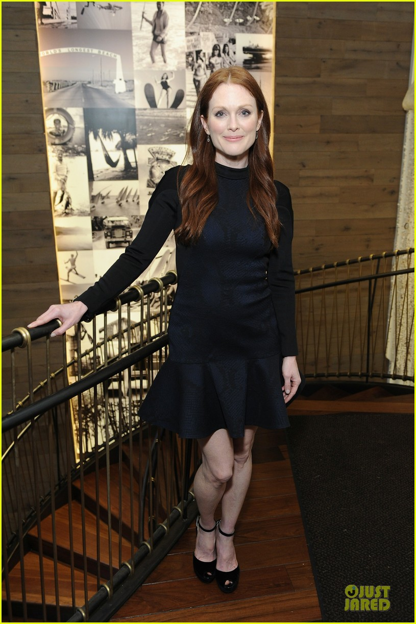 julianne moore dujour magazine summer issue cover party 052888646