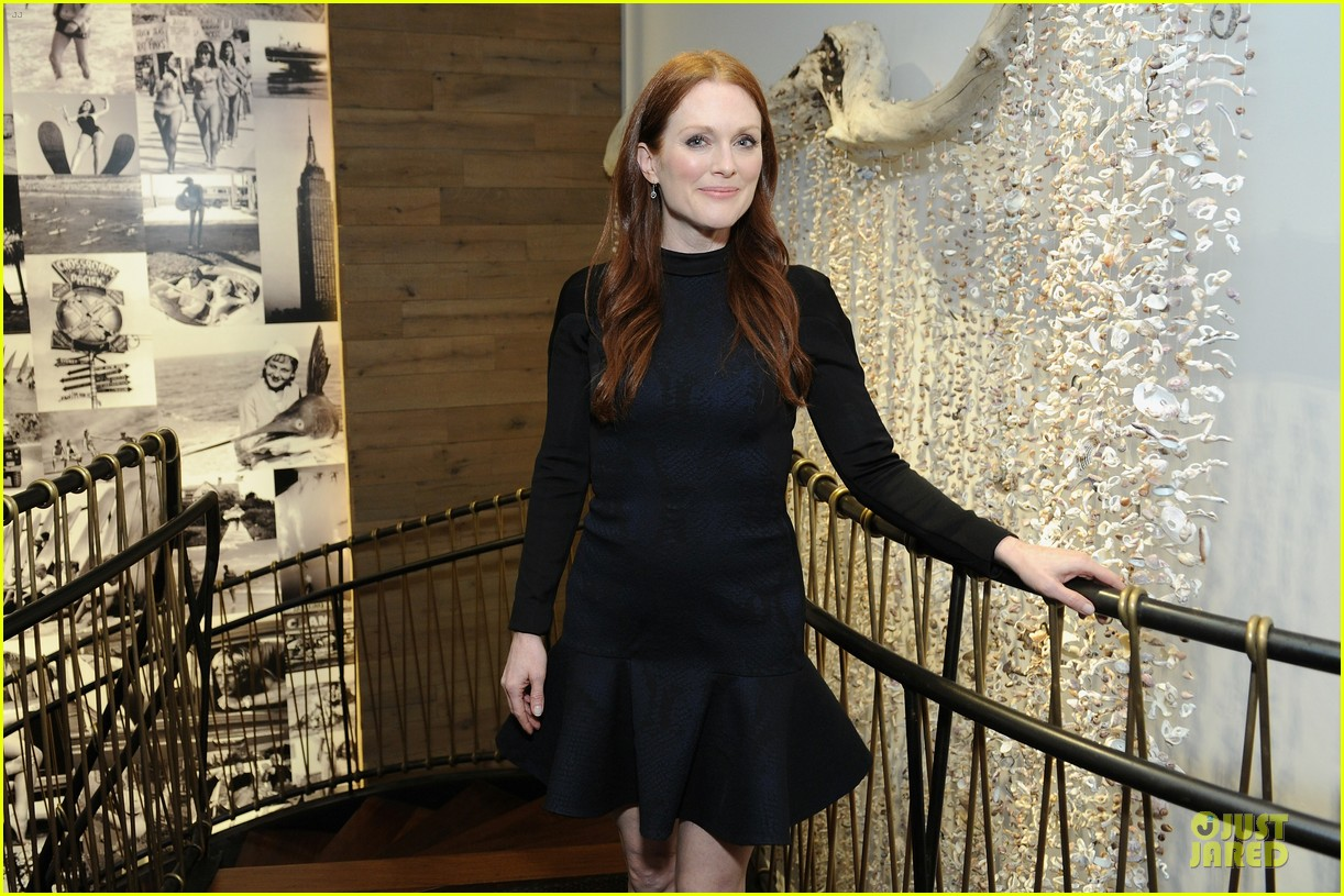 julianne moore dujour magazine summer issue cover party 062888647