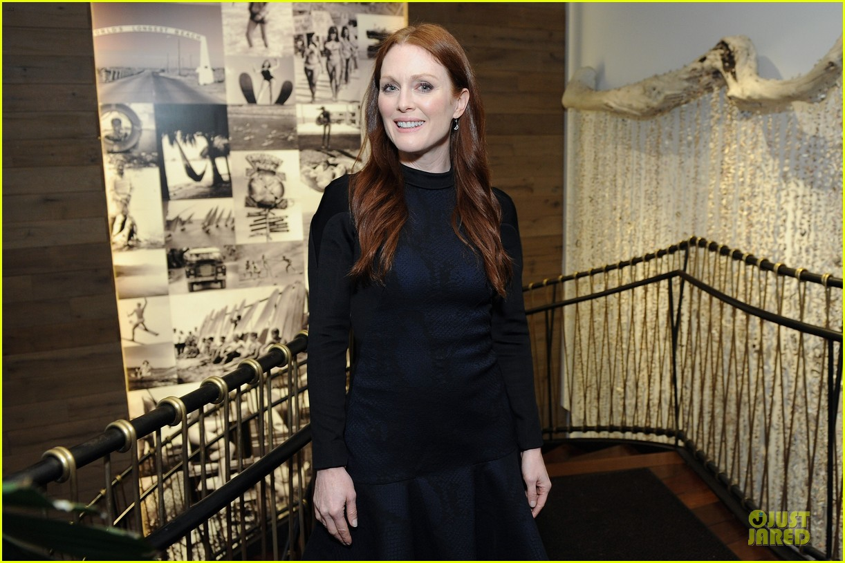 julianne moore dujour magazine summer issue cover party 072888648