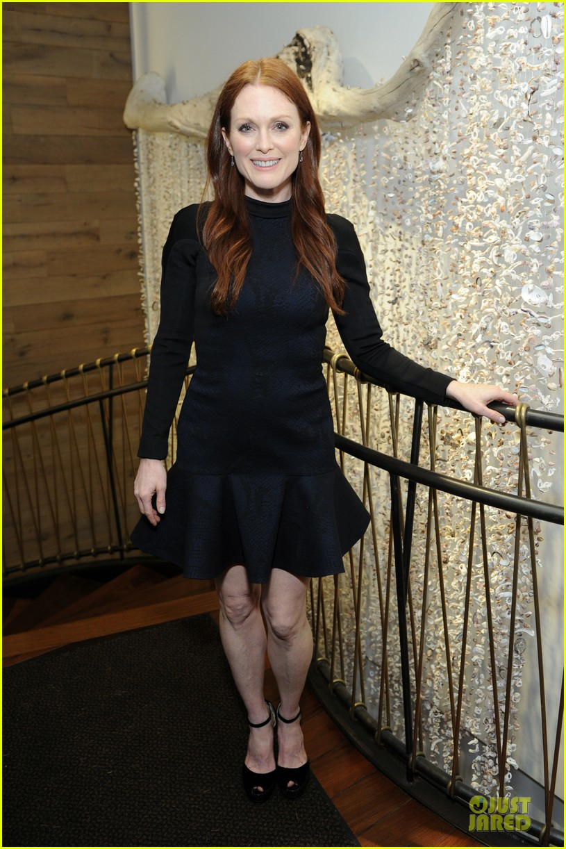 julianne moore dujour magazine summer issue cover party 092888650