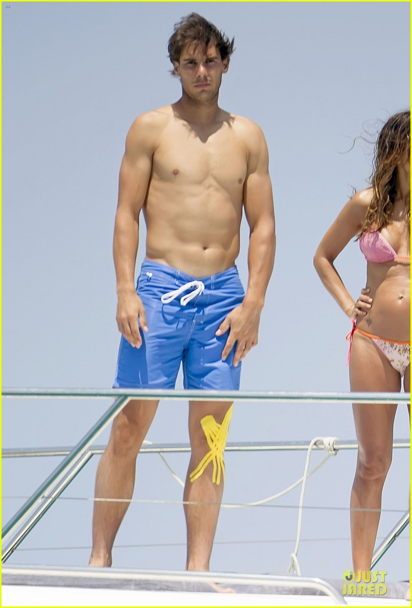 rafael nadal shirtless ibiza vacation with maria francisca perello 10