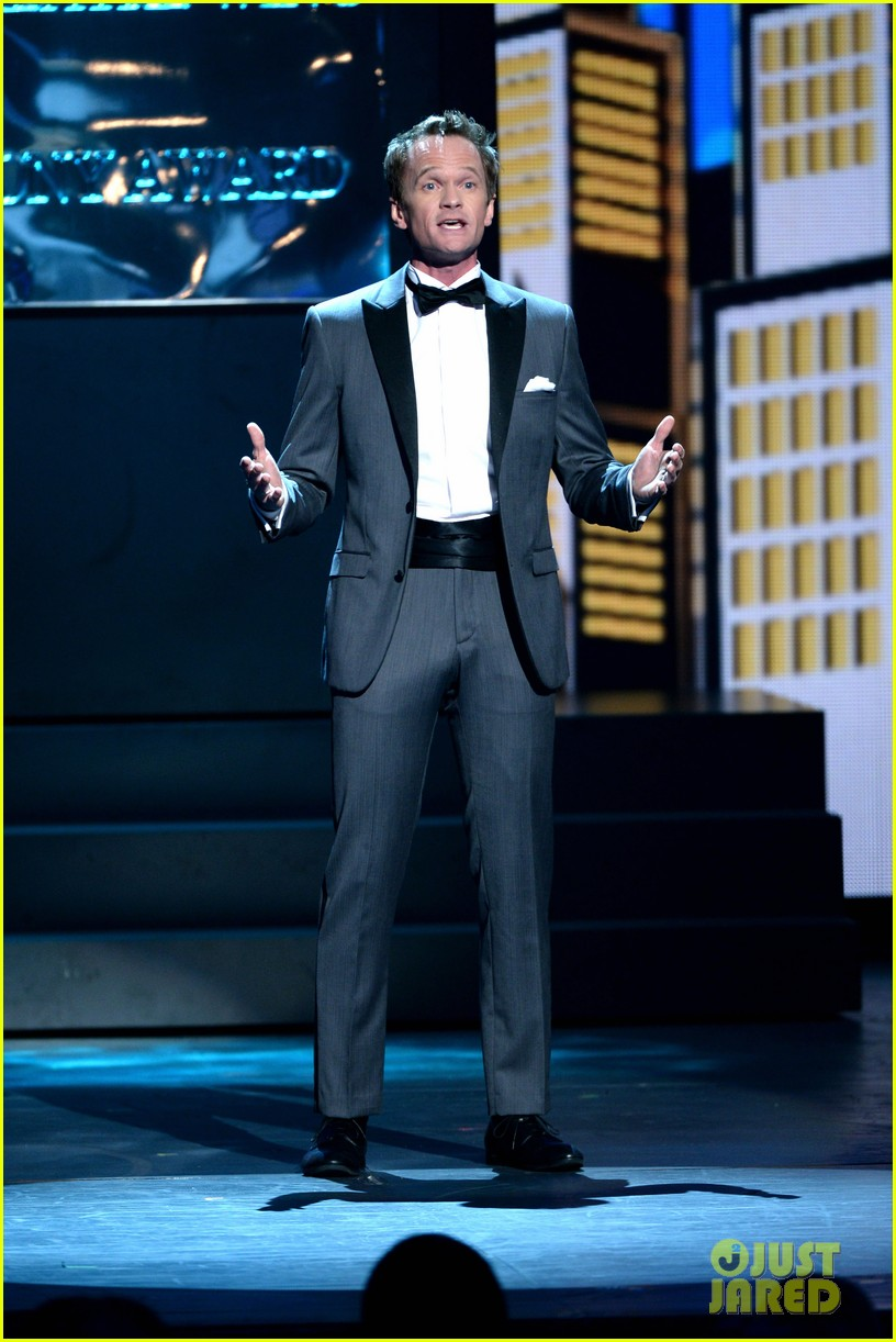 neil patrick harris tony awards opneing number watch now 052887944
