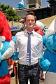 neil patrick harris global smurfs day celebration 09