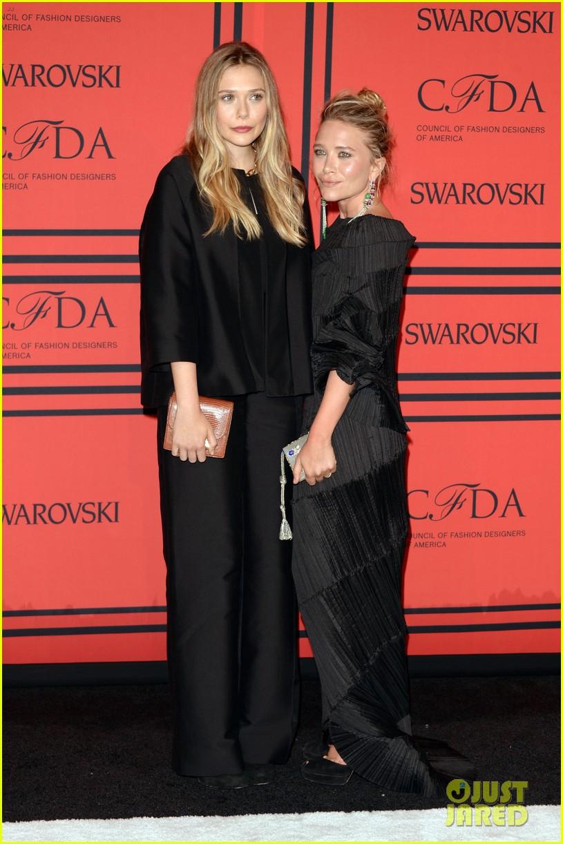 elizabeth mary kate olsen cfda fashion awards 2013 012883818