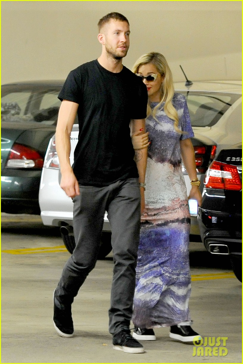 rita ora calvin harris cuddle up at whole foods 01