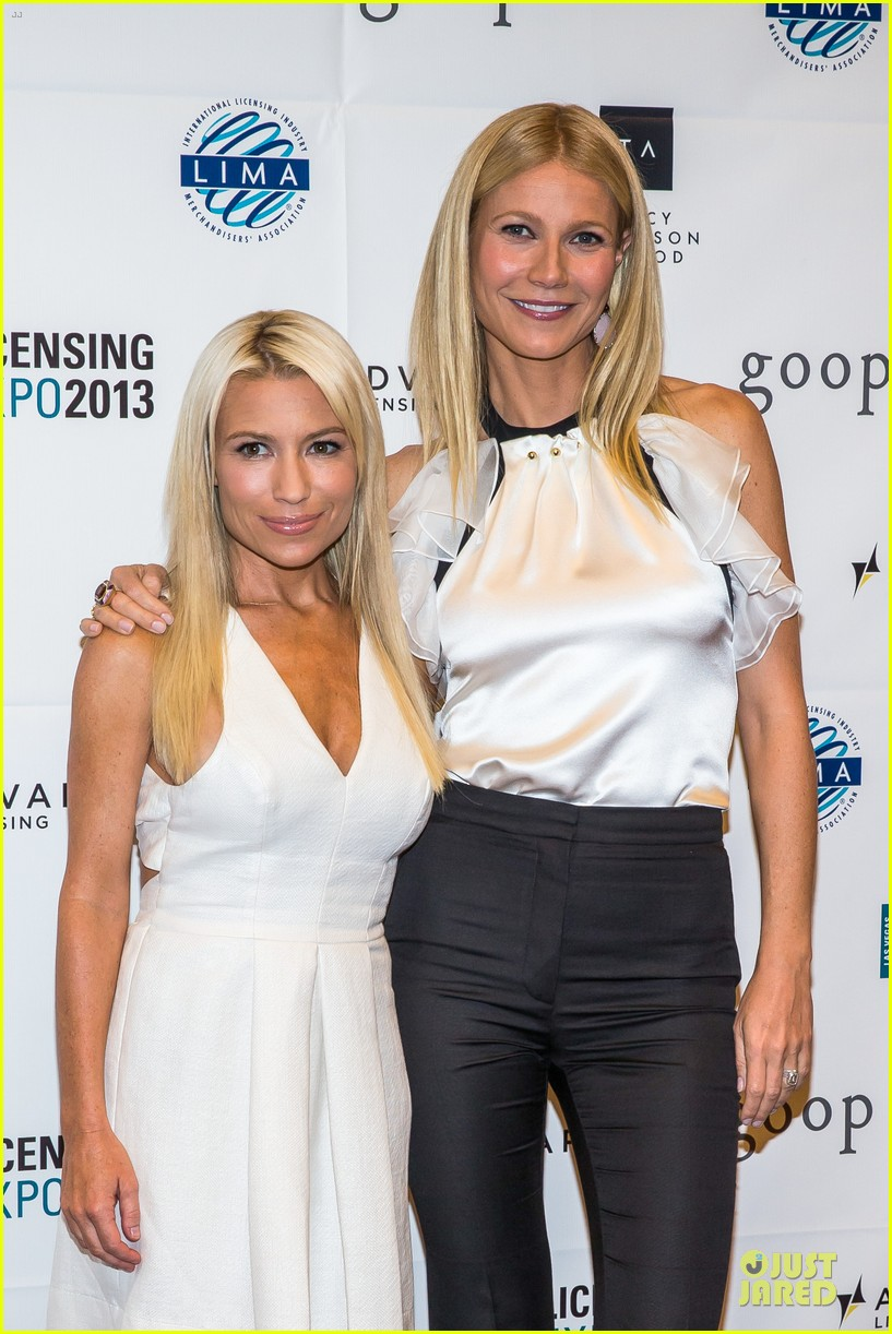 gwyneth paltrow licensing expo with tracy anderson 042893933