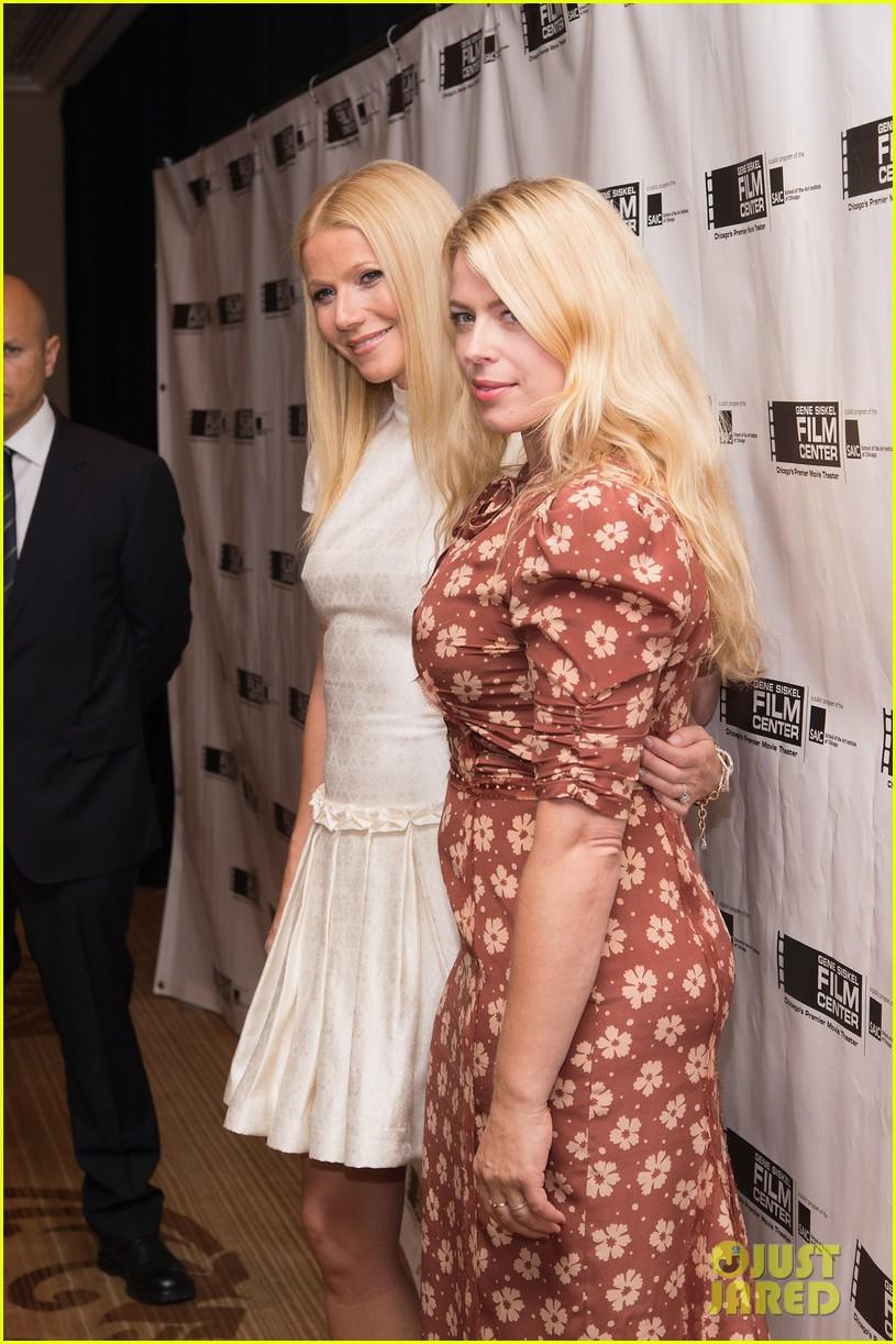 gwyneth paltrow gene siskel film center gala honoree 052892038