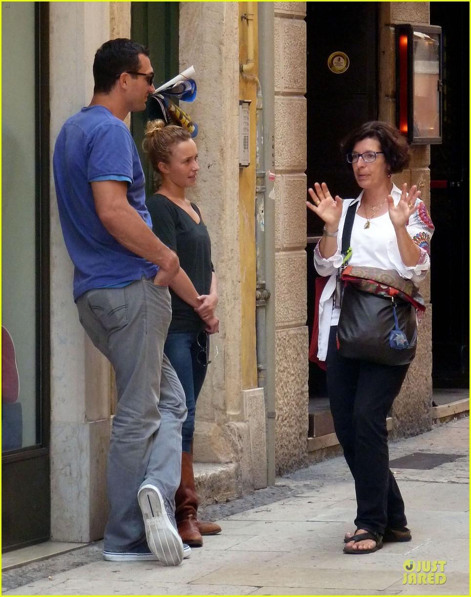 Wladimir Klitschko meets the family of Hayden Panettiere 04/06/2010 61
