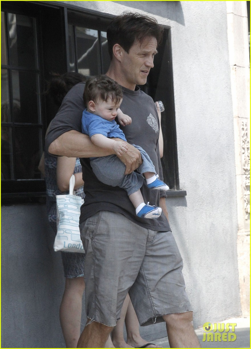 anna paquin stephen moyer lunch with charlie poppy 022900962