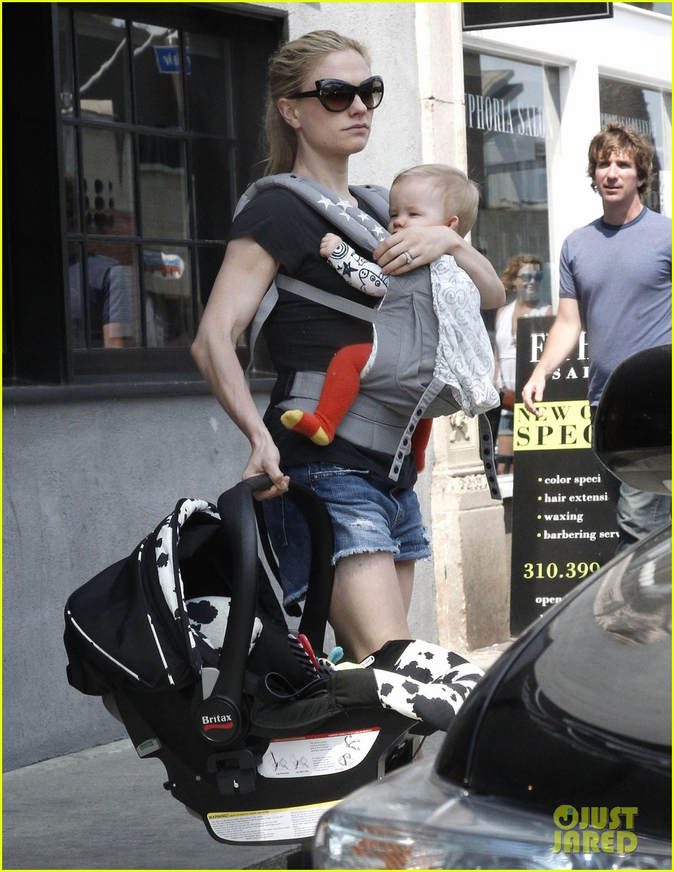 anna paquin stephen moyer lunch with charlie poppy 09