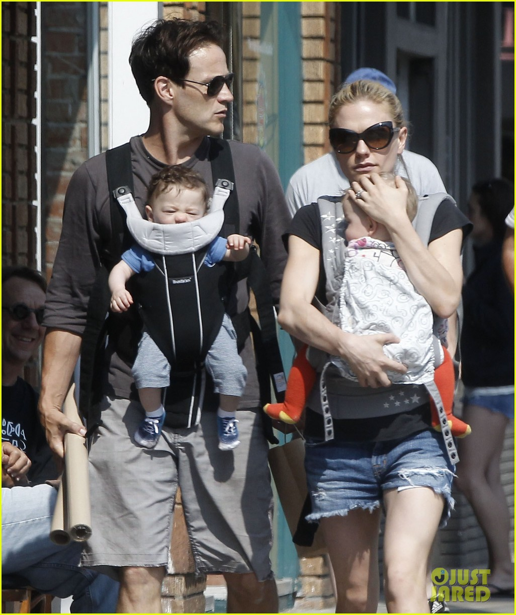 anna paquin stephen moyer lunch with charlie poppy 11