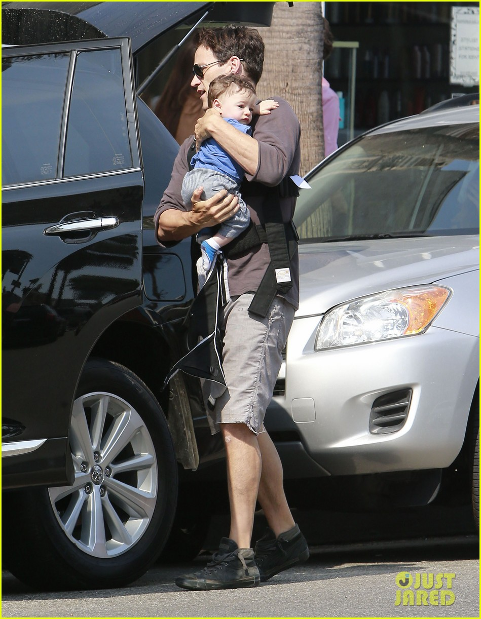 anna paquin stephen moyer lunch with charlie poppy 202900980