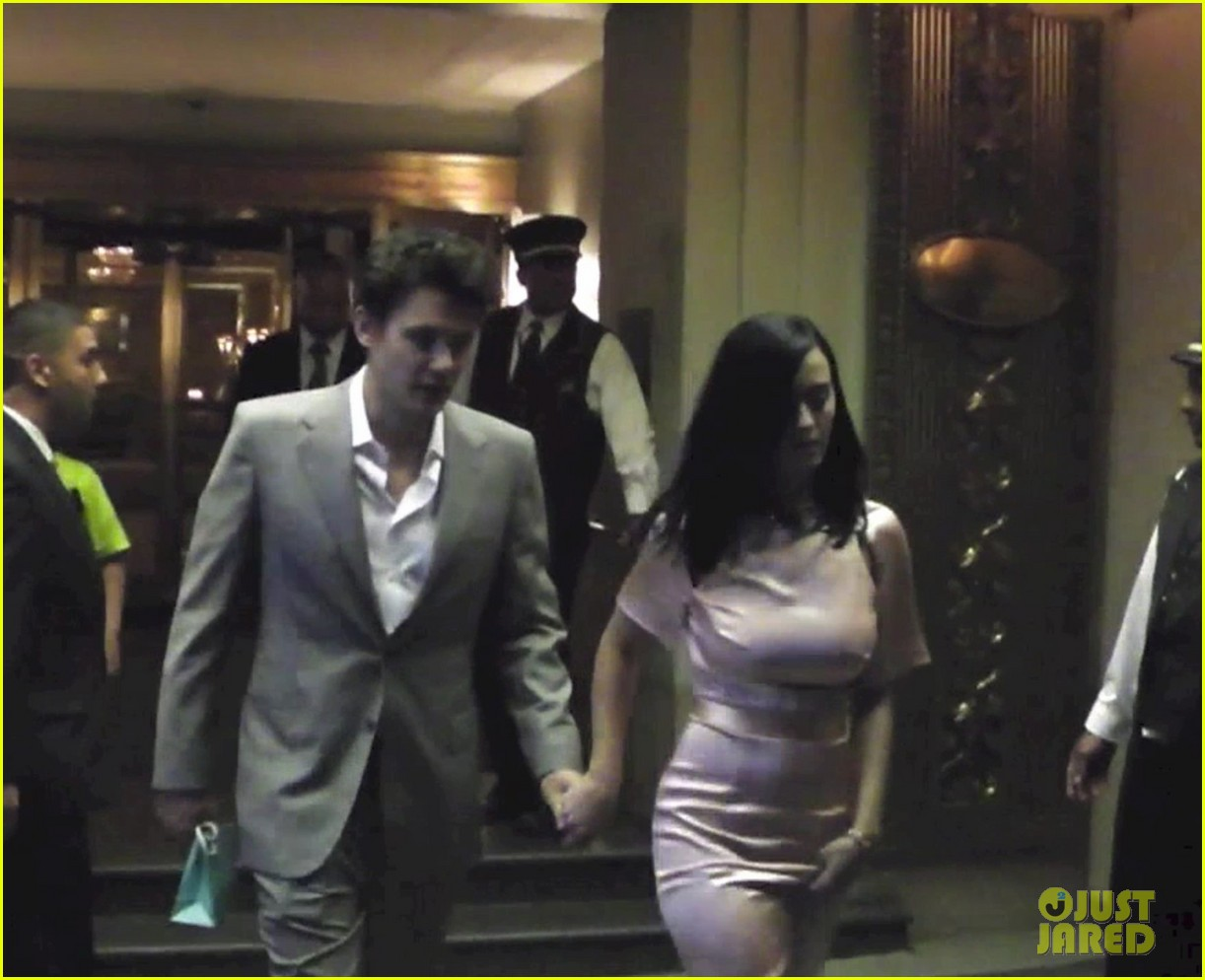 katy perry john mayer hold hands in nyc 042898221