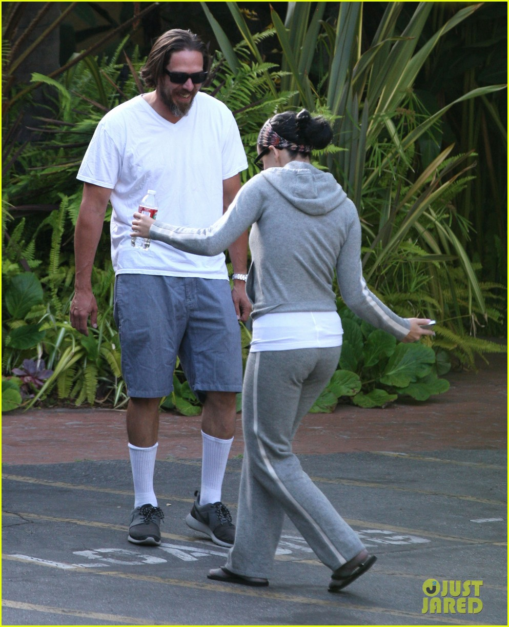 katy perry studio session with adam levine sia 122885642