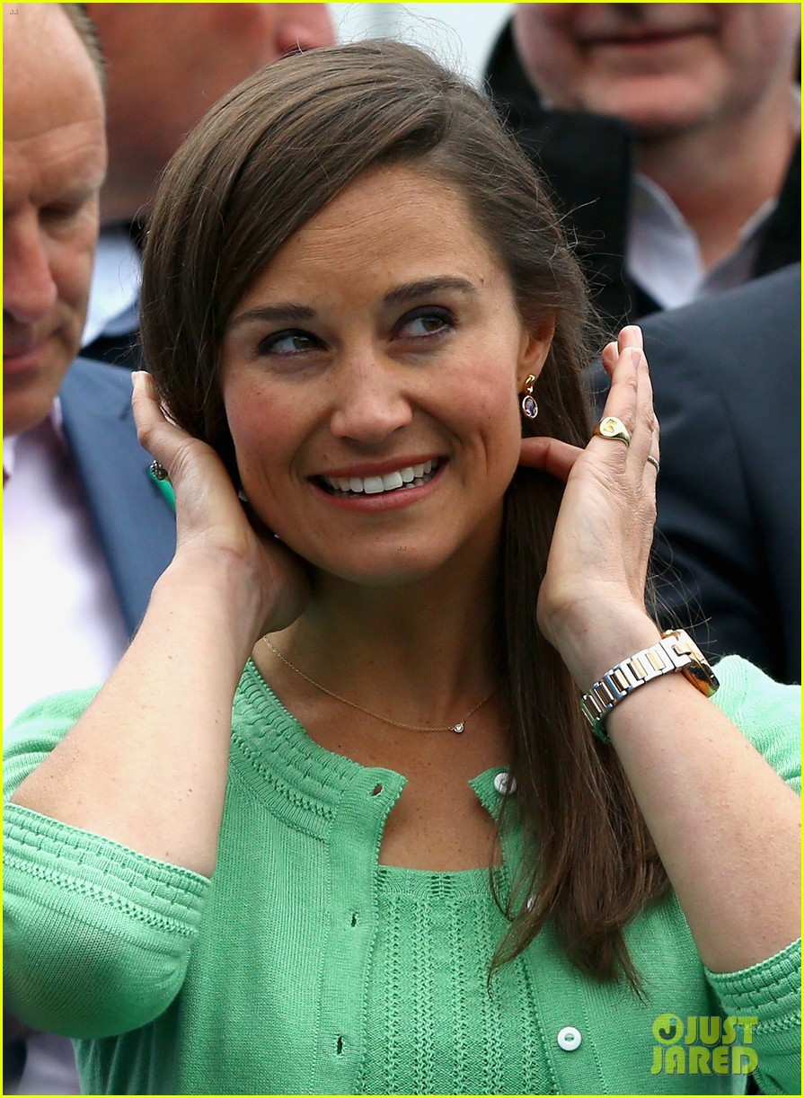 pippa middleton aegon championships with mom carole 102893118