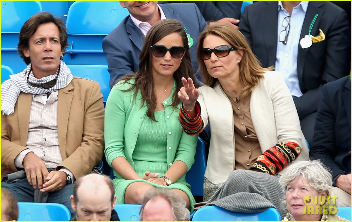 pippa middleton aegon championships with mom carole 142893122