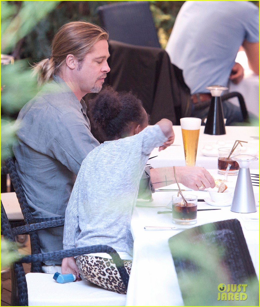 brad pitt japanese meal in spain with zahara shiloh 032896445