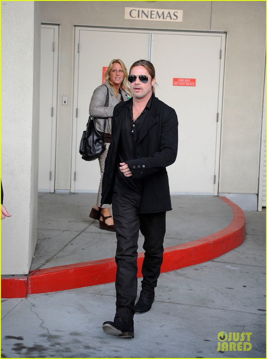 brad pitt continues world war z surprises in los angeles 01