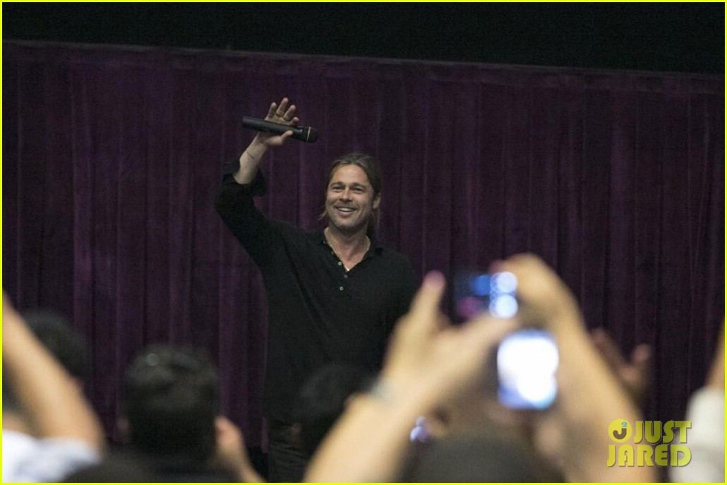 brad pitt continues world war z surprises in los angeles 022886723