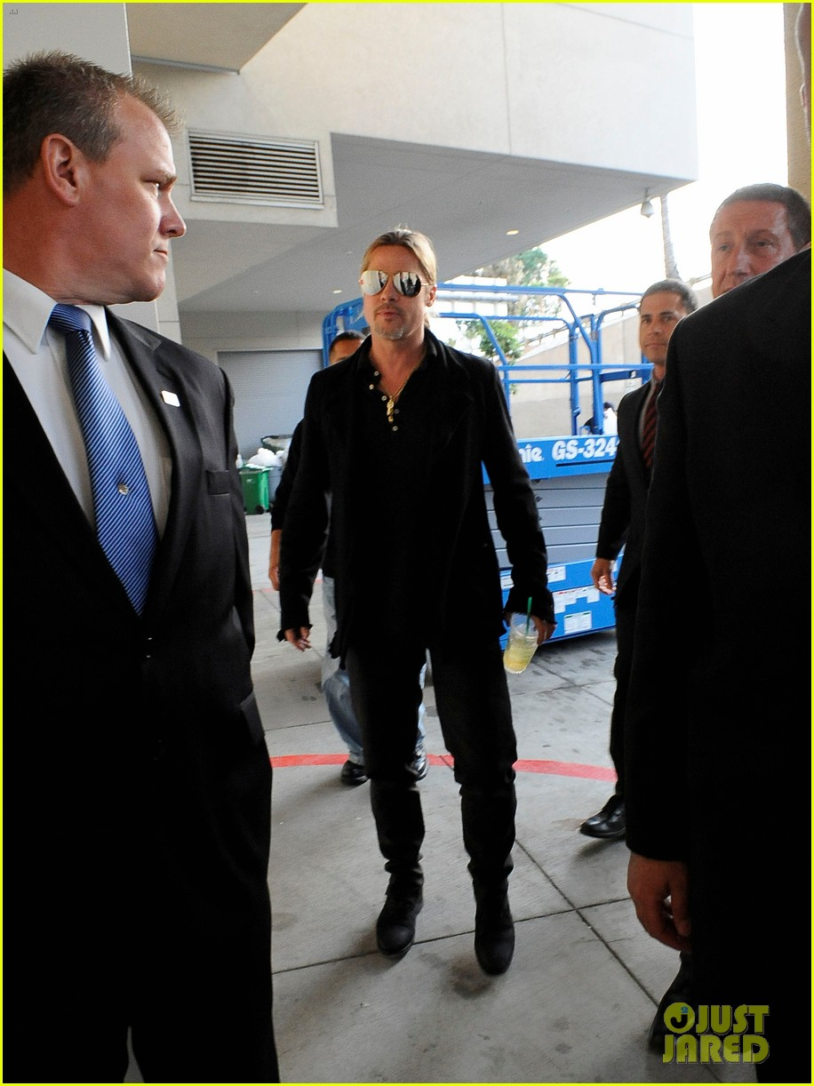 brad pitt continues world war z surprises in los angeles 052886726