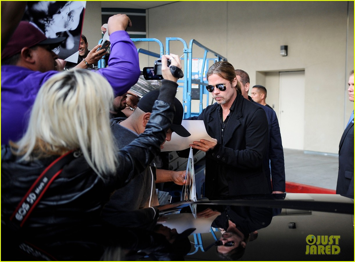 brad pitt continues world war z surprises in los angeles 092886730