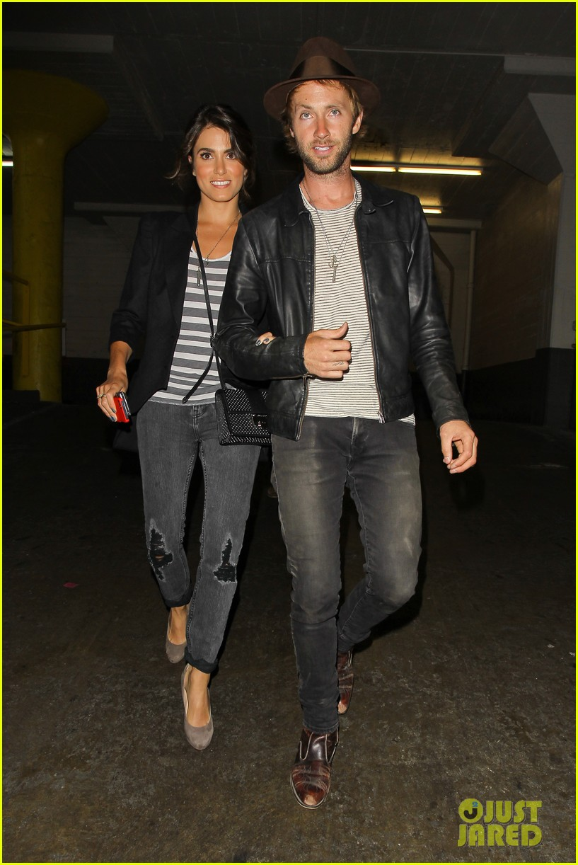 nikki reed supports paul mcdonald at hotel cafe gig 072889134