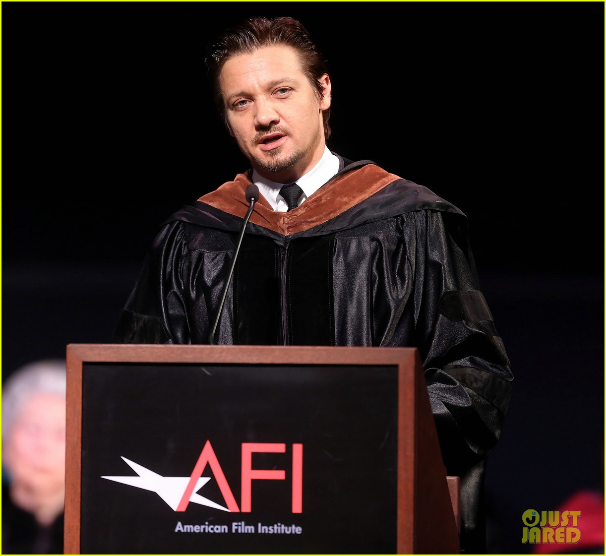 jeremy renner afi conservatory commencement ceremony 132890366