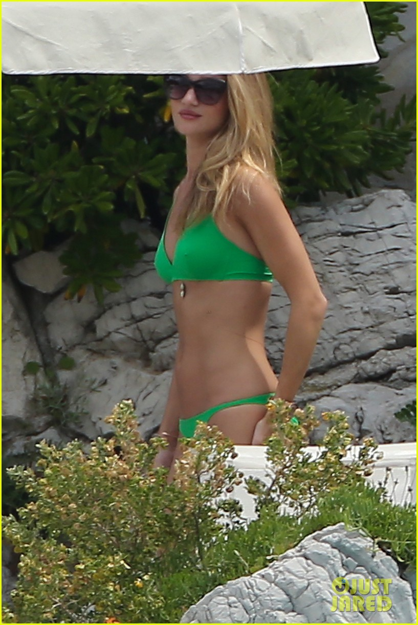 rosie huntington whiteley bikini vacation with jason statham 152888168