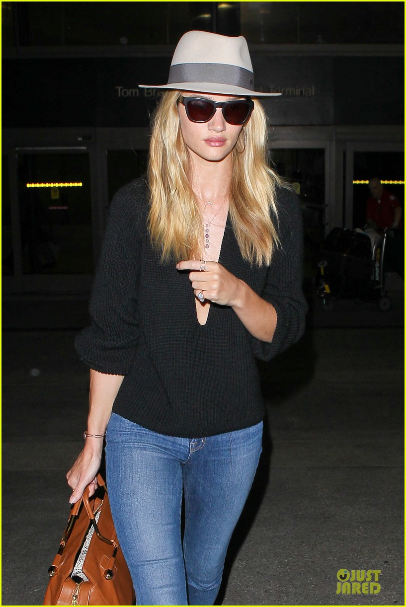 rosie huntington whiteley new face of modelco 152881870