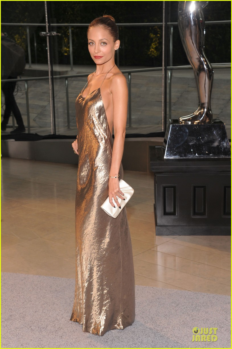 nicole richie juliette lewis cfda fashion awards 2013 red carpet 012883954