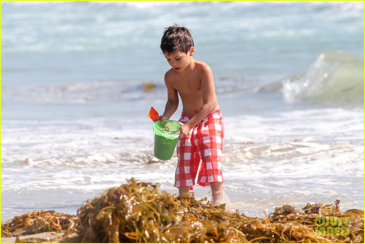 leann rimes bikini beach trip for eddie cibrian 40th bday 162895238
