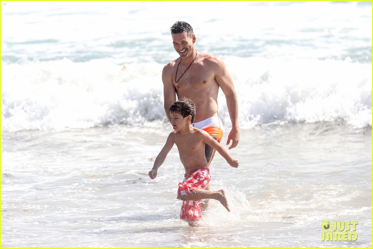 leann rimes bikini beach trip for eddie cibrian 40th bday 182895240