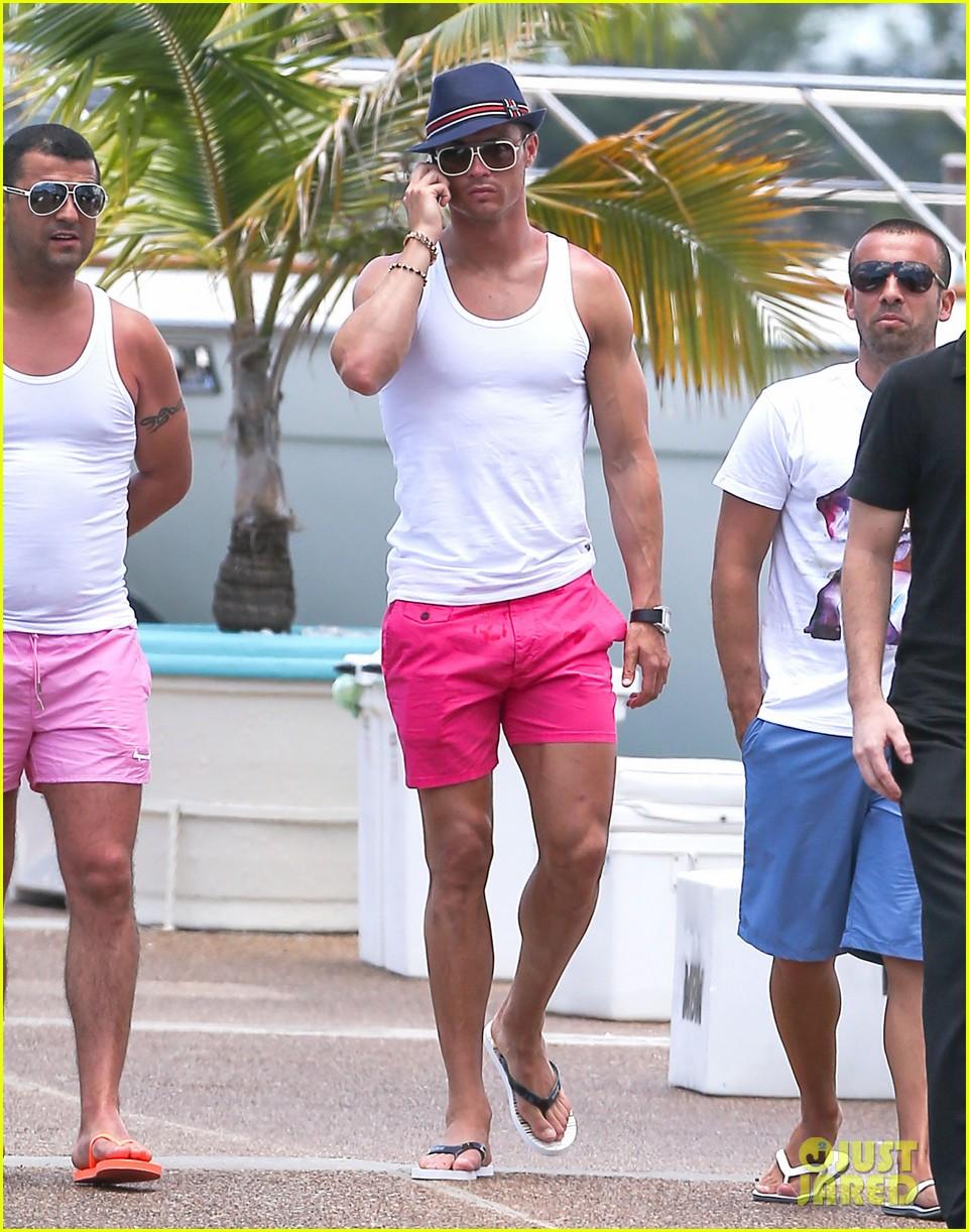 cristiano ronaldo shirtless yacht ride in miami 072891354