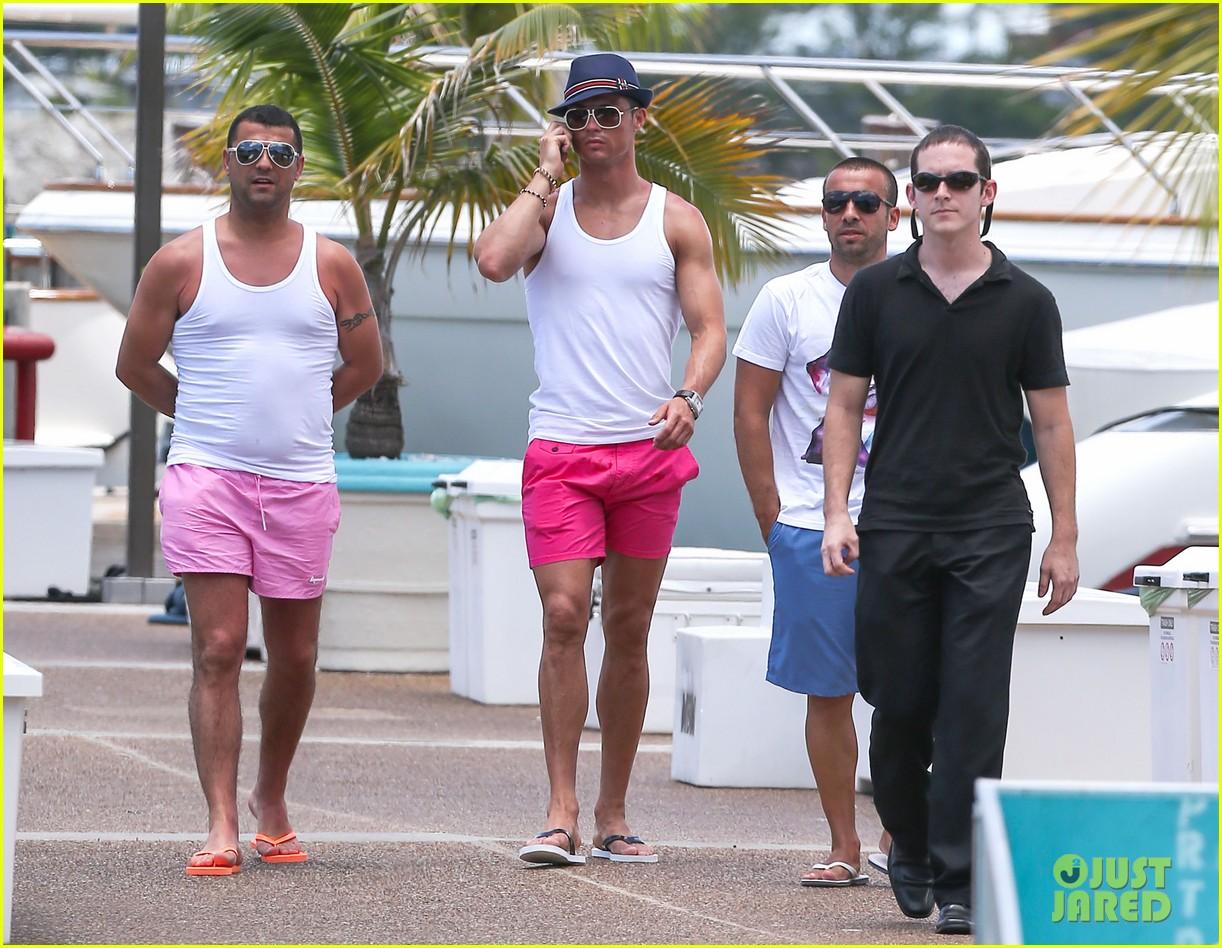 cristiano ronaldo shirtless yacht ride in miami 082891355