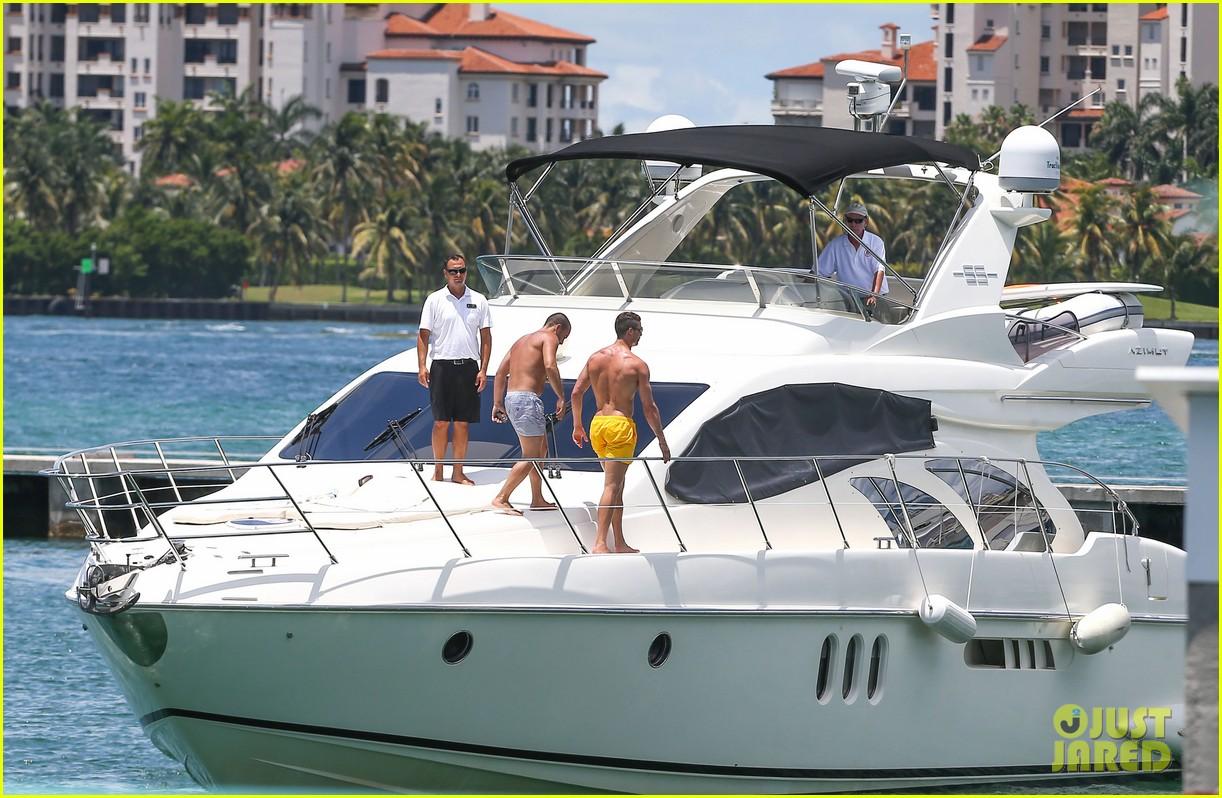 cristiano ronaldo shirtless yacht ride in miami 222891369